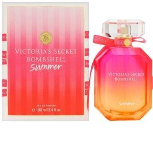 Victoria's Secret Bombshell Summer 1.7oz Spray NWT